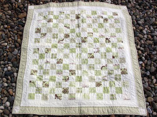 Hopscotch baby quilt